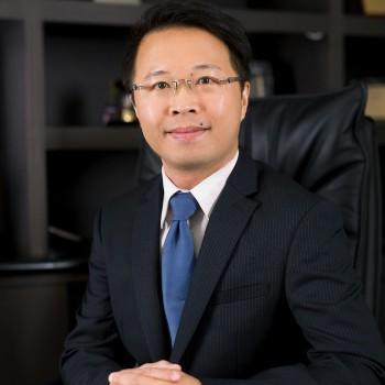 羅曉暉 先生